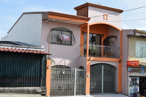 Imagen 1 de 14 de Casa En Fátima Heredia, Zona Tranquila Y Excelente Ubicación
