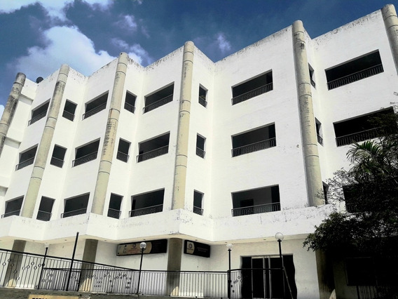 Consultorio En El Centro Científico Metropolitano Del Norte.cdo 347804