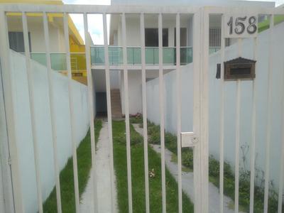 Casa Geminada 2 Quartos, 2 Vagas De Garagem