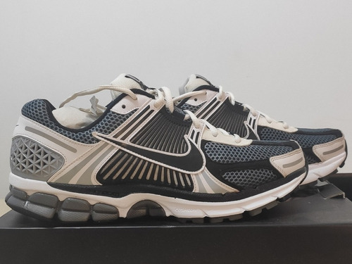 Nike Vomero 5 Limited