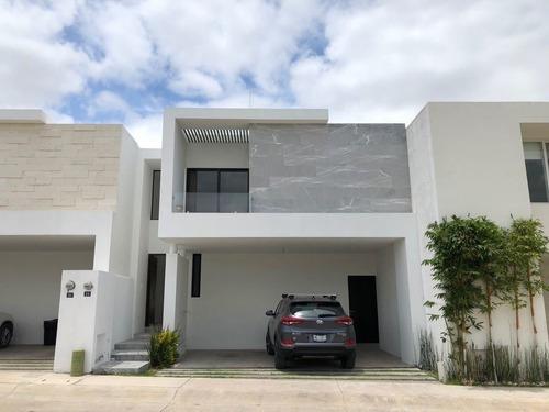 Casa En Horizontes 2 3 Recamaras Con Baño Y Vestidor Hall De Tv, Etc.