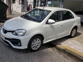 Toyota Etios 1.5 Sedan Xls 0 Km Sin Patentar Blanco Permuto