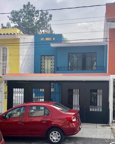Casa En Coto En Torremolinos, Zona Valdepeñas, Zapopan