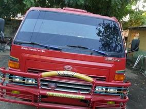 Daihatsu Delta Año 2002 En Perfectas Condicione 849-258-5874