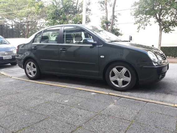Volkswagen Polo Sedan 1.6 4p 2005