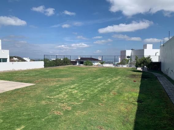 Terreno En Vista Real, 800 M2, Más Bien Es Un Hermoso Jardín, Vista Increíble
