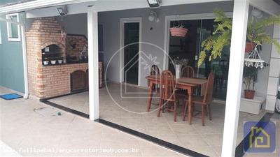 Casa Para Venda Em Cabo Frio, Peró, 4 Dormitórios, 1 Suíte, 3 Banheiros, 2 Vagas - Casv073