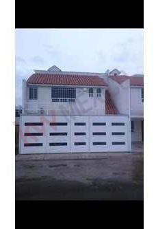 Venta De Casa En Privada De San Antonio El Desmonte, Pachuca,hgo, 1,900,000.°°