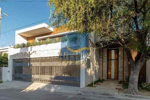 Casa En Venta En San Pedro Garza Garcia Del Valle