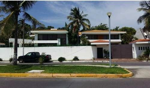 Casa En Venta En Fracc. Costa De Oro, Boca Del Rio, Ver.
