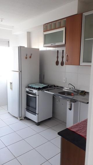 Apartamento, 2 Quartos, Super Novo Sem Detalhes