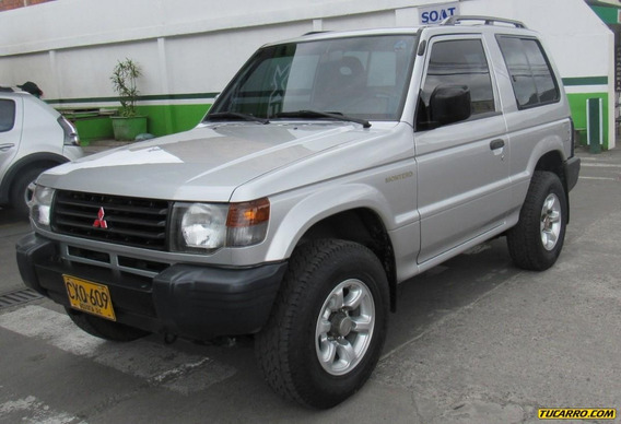 Mitsubishi Montero Hard Top