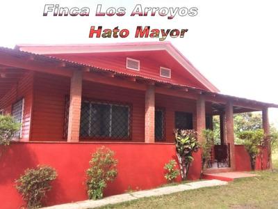 Finca En Venta En Hato Mayor Santo Domingo