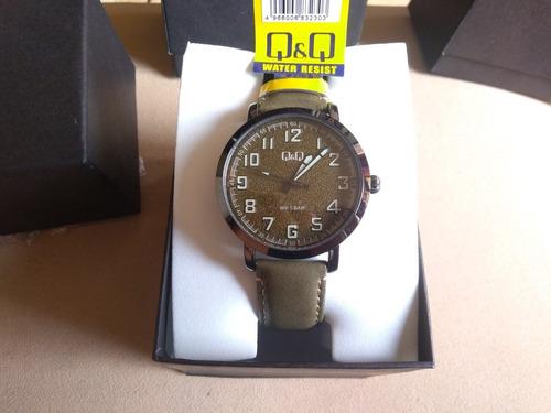 Reloj Q&q Original Ref:qb28j505y