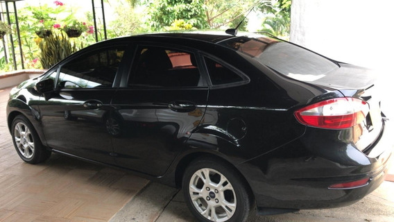 Ford Fiesta Se Color Negro Modelo 2014