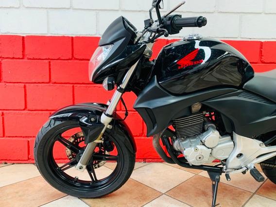 Honda Cb 300r - 2011 - Financiamos - Km 33.000