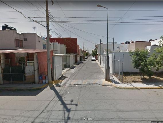 Casa Privada 113 A Oriente,lomas Del Sol,remate Hipotec Sd W