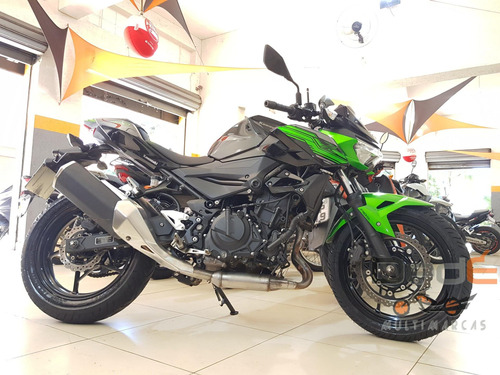 Kawasaki Z 400 Verde 2020