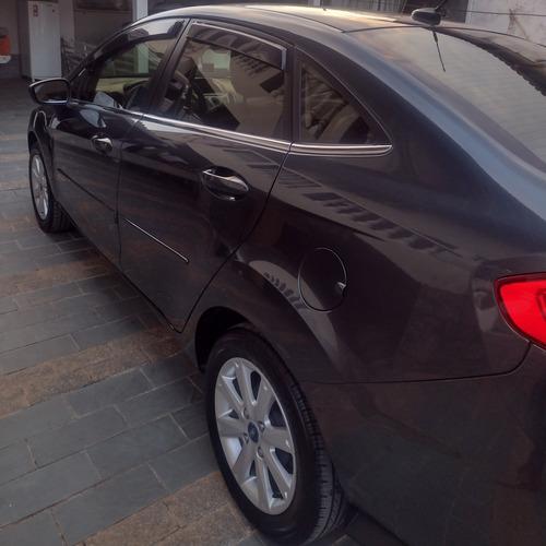 Imagem 1 de 8 de Ford Fiesta Sedan 2011 1.6 16v Se Flex 4p