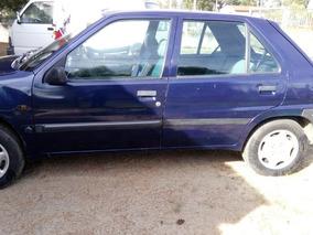 Peugeot 106 1.4 Xn Zen 2000