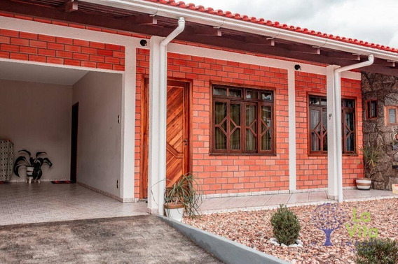 Belíssima Casa À Venda, 3 Dormitórios, 2 Vagas De Garagem, Itoupavazinha - Blumenau Sc - Ca0366