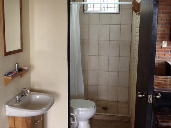 Rento Casa Sola En Canalejas, Jilotepec 2 Recs.
