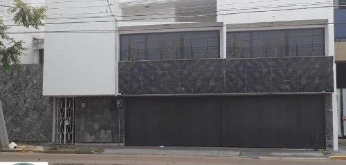 Casa En Renta En El Mirador $35,000