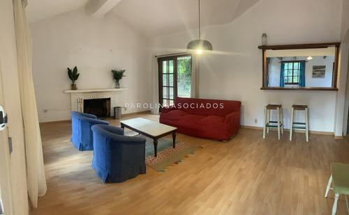 Casa En Playa Mansa - Punta Del Este- Ref: 3795
