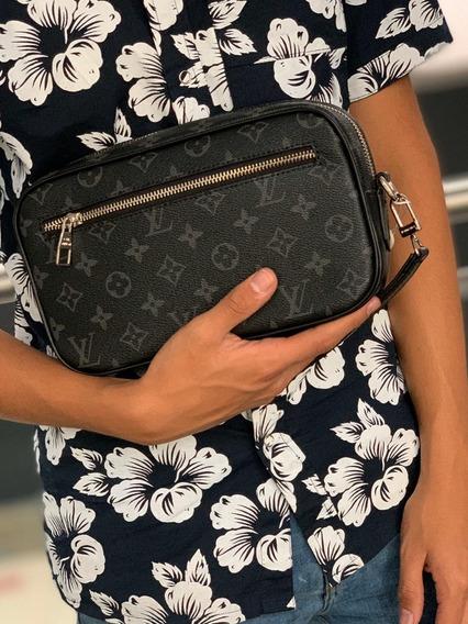 Guayera O Cosmetiquera Louis Vuitton