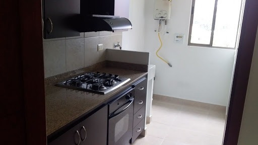 Apartamento En Arriendo/venta Cumbres 472-538