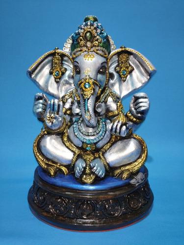 Imagem 1 de 4 de Lord Ganesha Em Gesso - 32 Cm