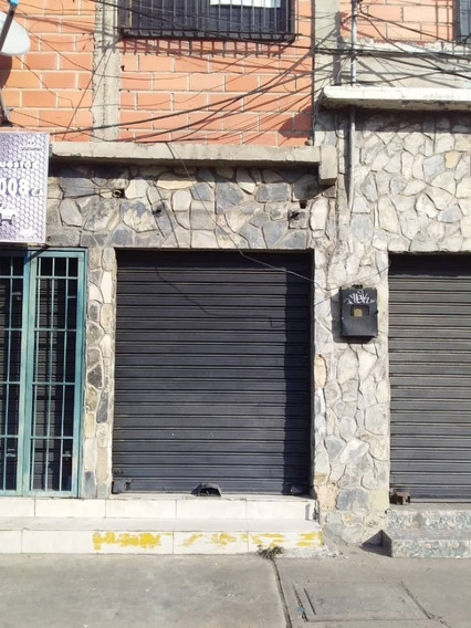 Local En Alquiler En Av Ayacucho 04144530004