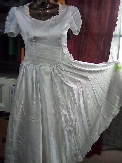 Remato Vestido Blanco De 15 Años Y De Vestir Color Mostaza Y