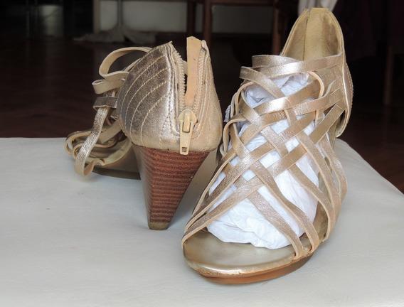 Zapato Dorado Luxo Via Uno Brasil