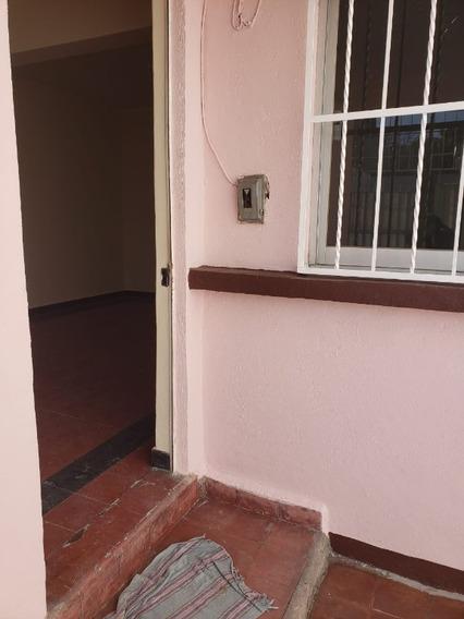 Casa En Renta En La Colonia Héroes De Churubusco
