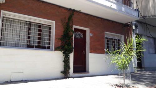 Casa De 3 Dormitorios, Palermo.