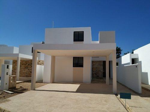 Casa En Venta, Privada, Conkal, Zona Alta Plusvalía. Cv-5441
