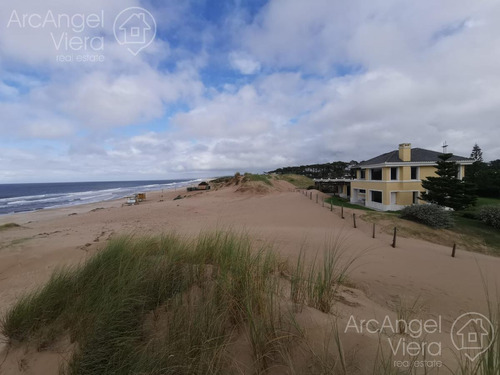 Casa En Venta Frente Al Mar  Tio Tom   Solanas En Venta  Alquiler
