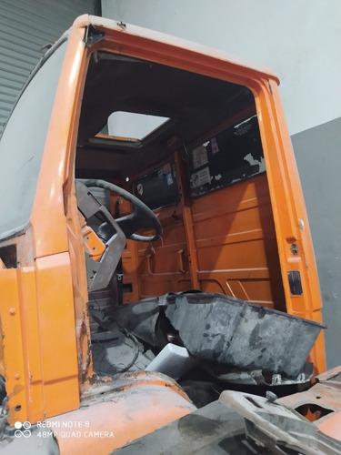 Mercedes Benz 1215 1215