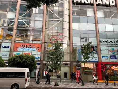 Renta De Local En Plaza Comercial Insurgentes(sotano)