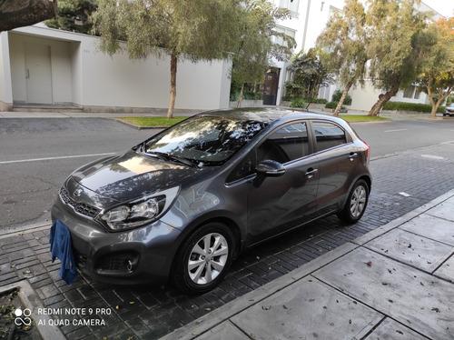 Kia Río Hatchback  Hatchback 1.4 Hb At