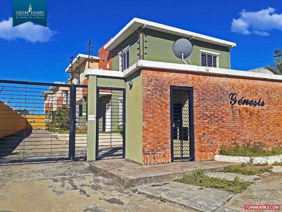 Townhouse En Villa Africana