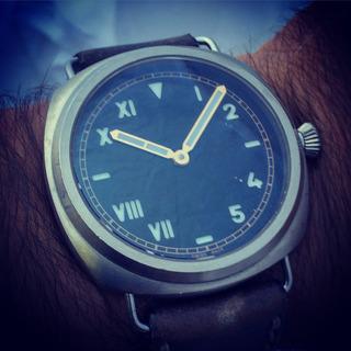 Reloj Dievas Titanio California Microbrand
