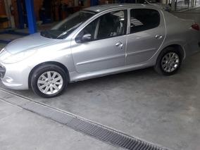 Peugeot 207 Compact Sedan Xt 1.6l