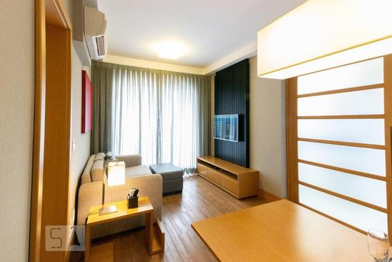 Apartamento No 1º Andar Mobiliado Com 1 Dormitório E 1 Garagem - Id: 892974190 - 274190
