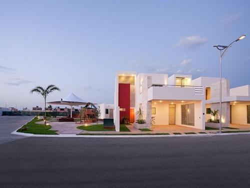 Casa En Condominio En San Remo, Mérida