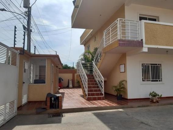 Apartamentos En Venta. Morvalys Morales Mls #20-2250