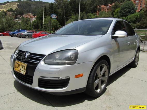 Volkswagen Bora 2500 Cc Mt Ct Aa