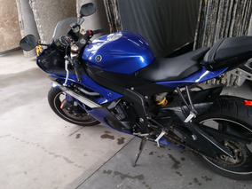 Yamaha R6 Azul