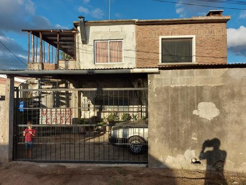 2 Casas Amplias , Linderas  E Individuales